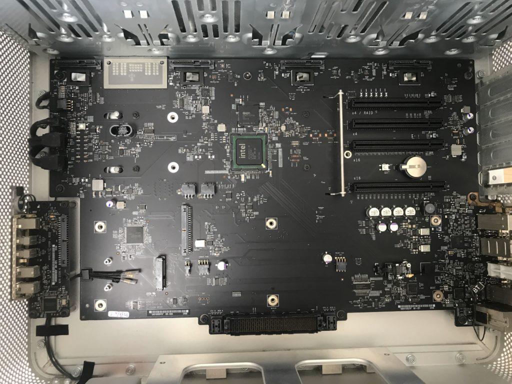 MacProロジックボードの交換